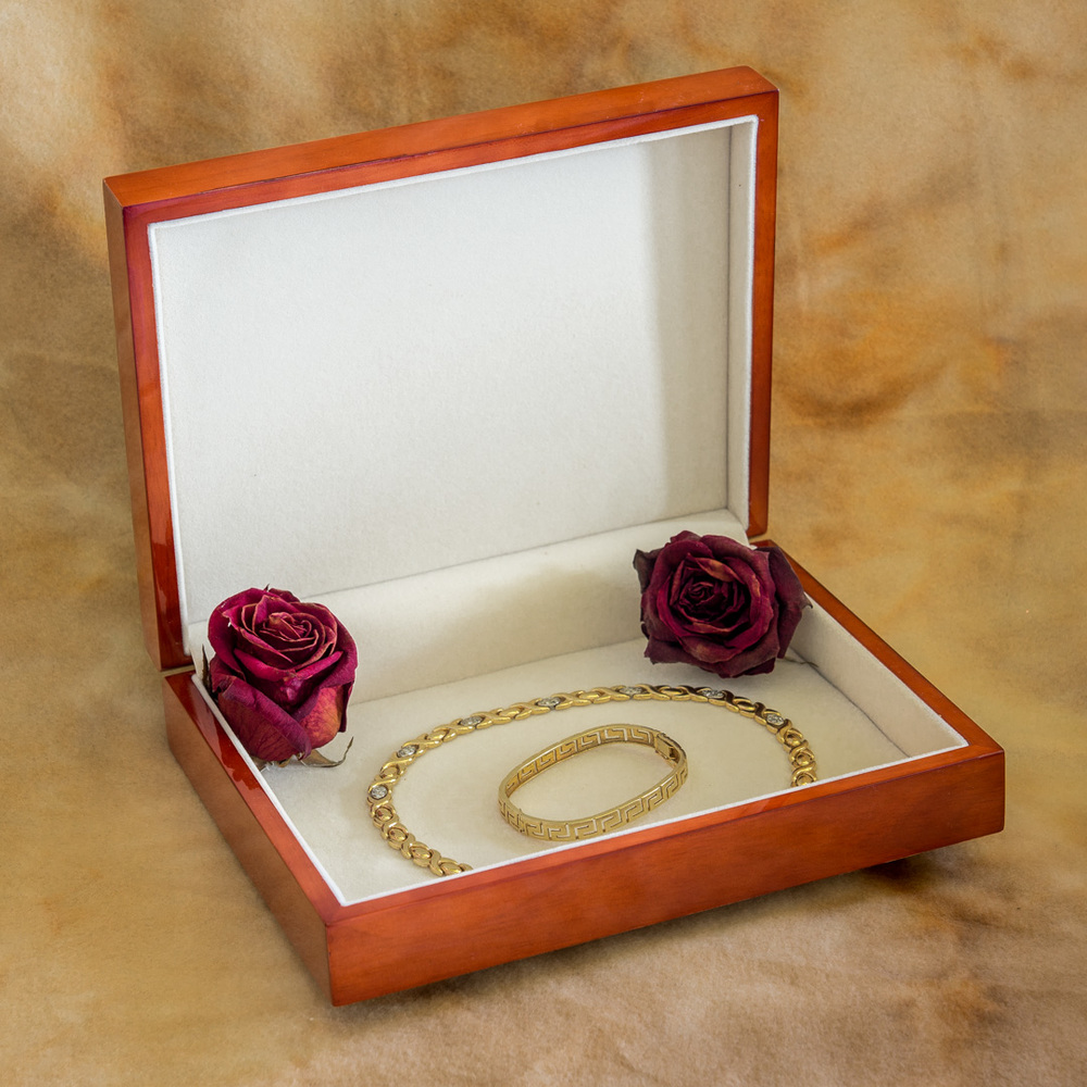 Keepsake_box_jewelry_open_by_Terrence_Robertson-Fall-8.jpg