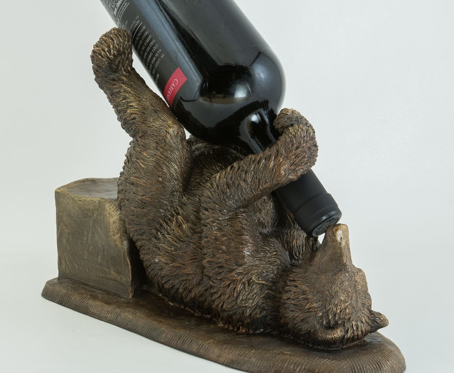 Guzzly_Bear_cold_bronze_sculpture_by_Terrence_Robertson-Fall-9.jpg