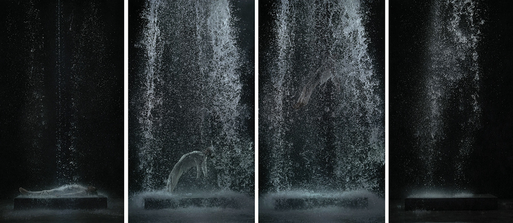 Tristan's Ascension (The Sound of a Mountain Under a Waterfall), 2005, projectie 580 x 325 cm - vier stills uit de film die 10 minuten duurt
