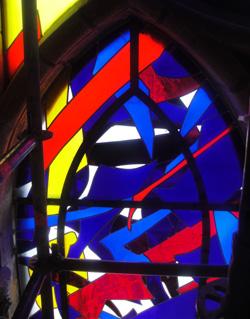 Detail van Imi Knoebels glasramen (2011)