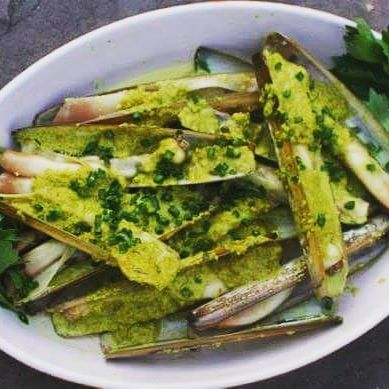 razor clams, homemade Thai green curry