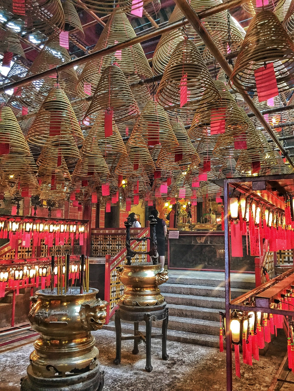 Man Mo Temple inside