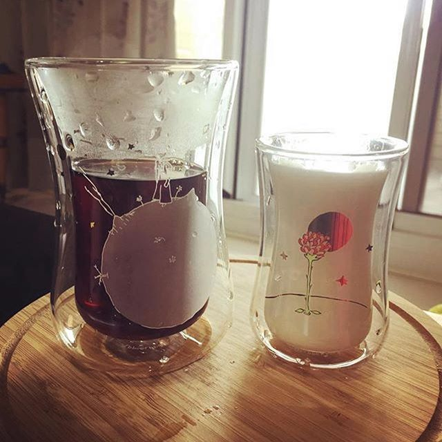 #Repost @sakurahua_wu ・・・ Enjoy my morning cafe with M glass, La Petit Prince Edition.  #mibuu #coffee #sakuradaily