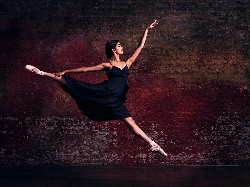120117_RobGregoryPhoto_Ballerina_095.jpg