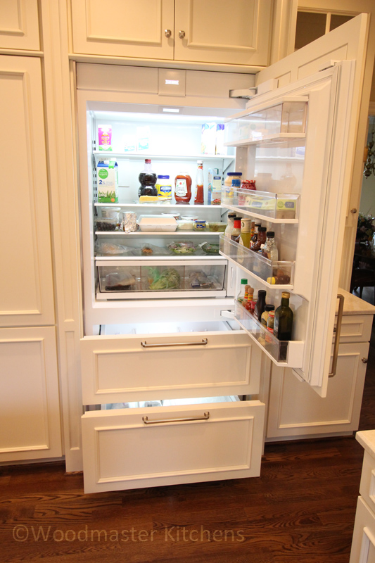 Kitchen design with built-in refrigerator