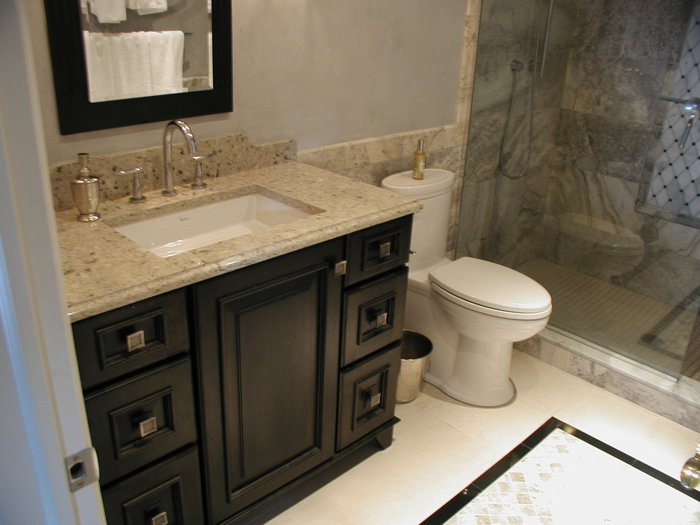 Bathroom design with rectangular sink