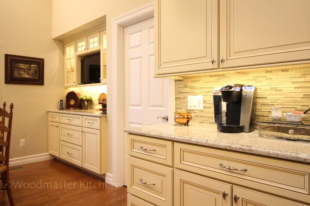 Kitchen design with extra wall cabinet storage