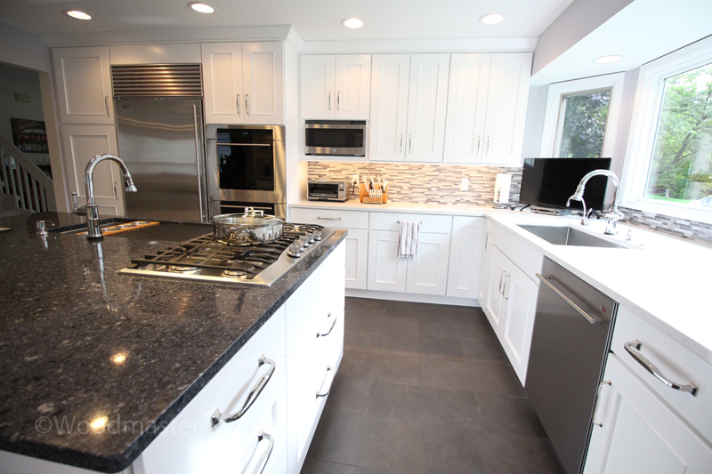 Kitchen design with two countertop finishes