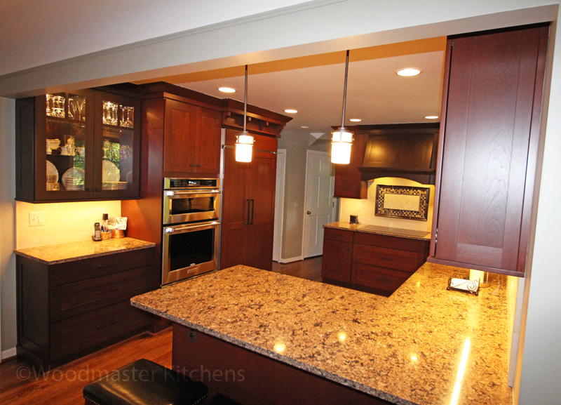 Beige multi-colored countertop