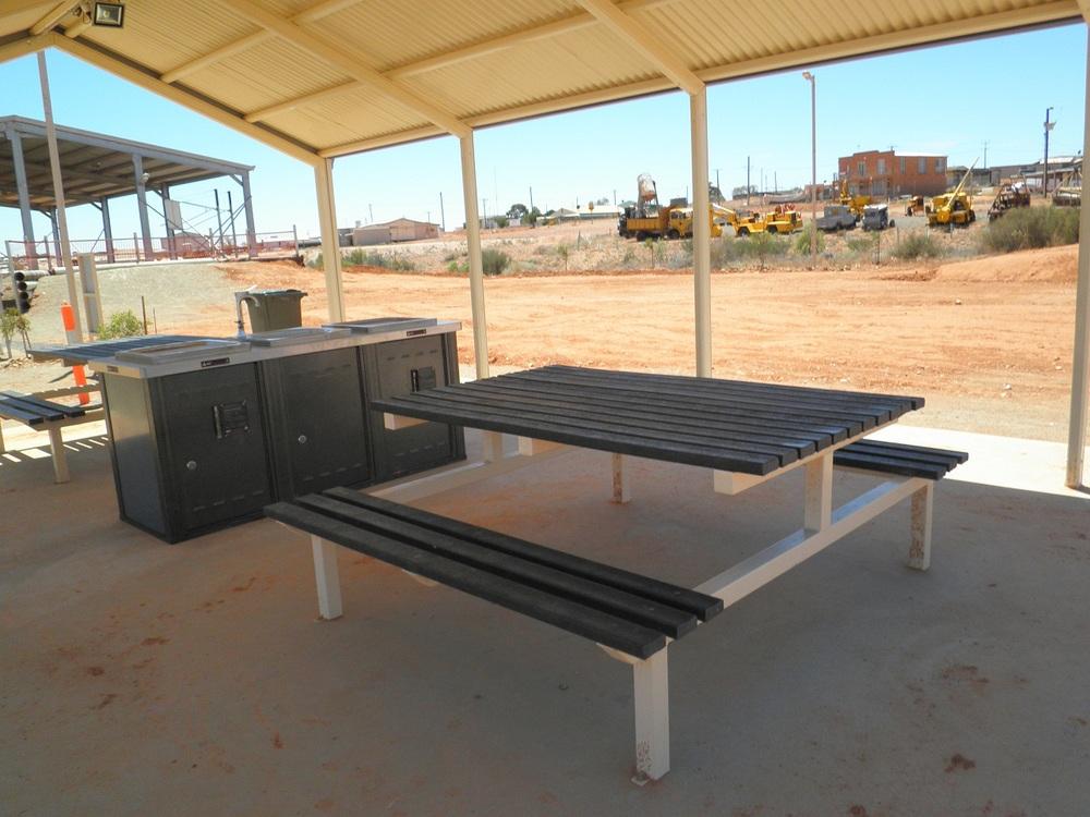 Bench slats recycled plastic 85 x 35 x 1800.JPG