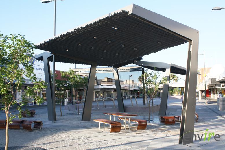 Shade structure Mildura Regional City Council.jpg