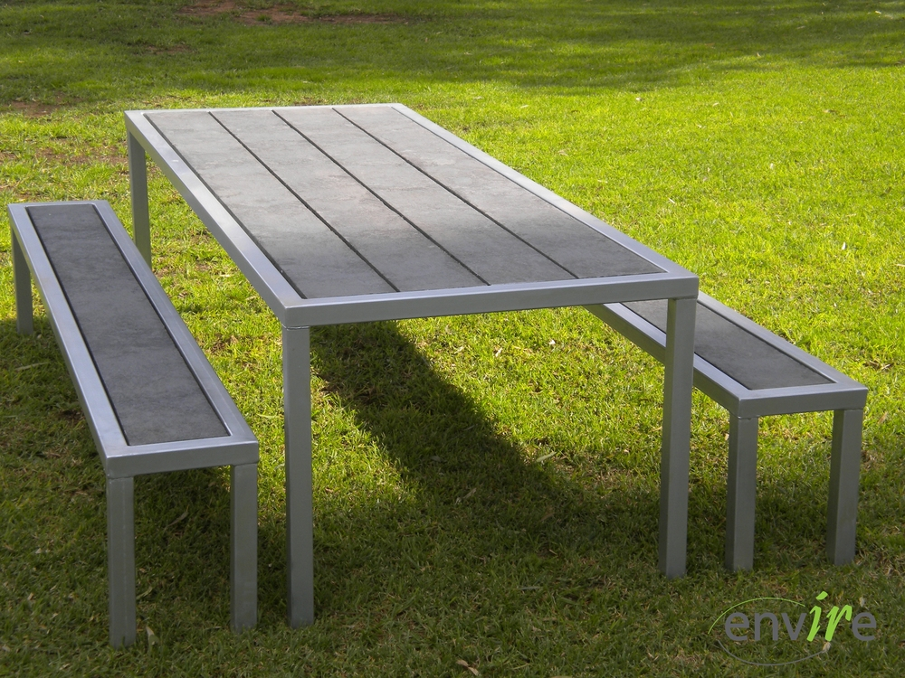 Table and Bench seats.JPG
