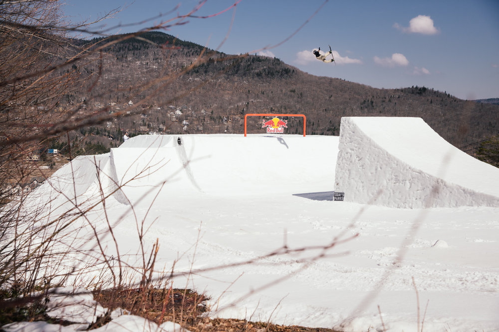 Today's Parks Canvas Stoneham snowpark