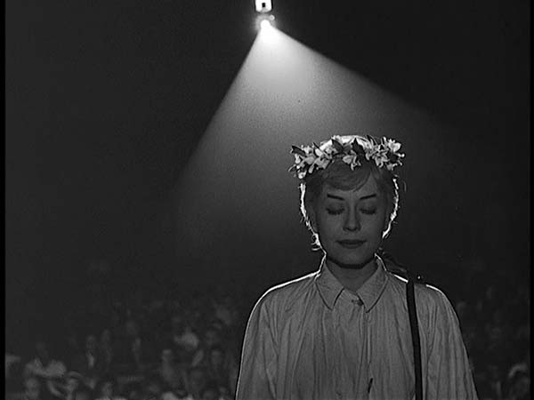 nights-of-cabiria-2.jpg