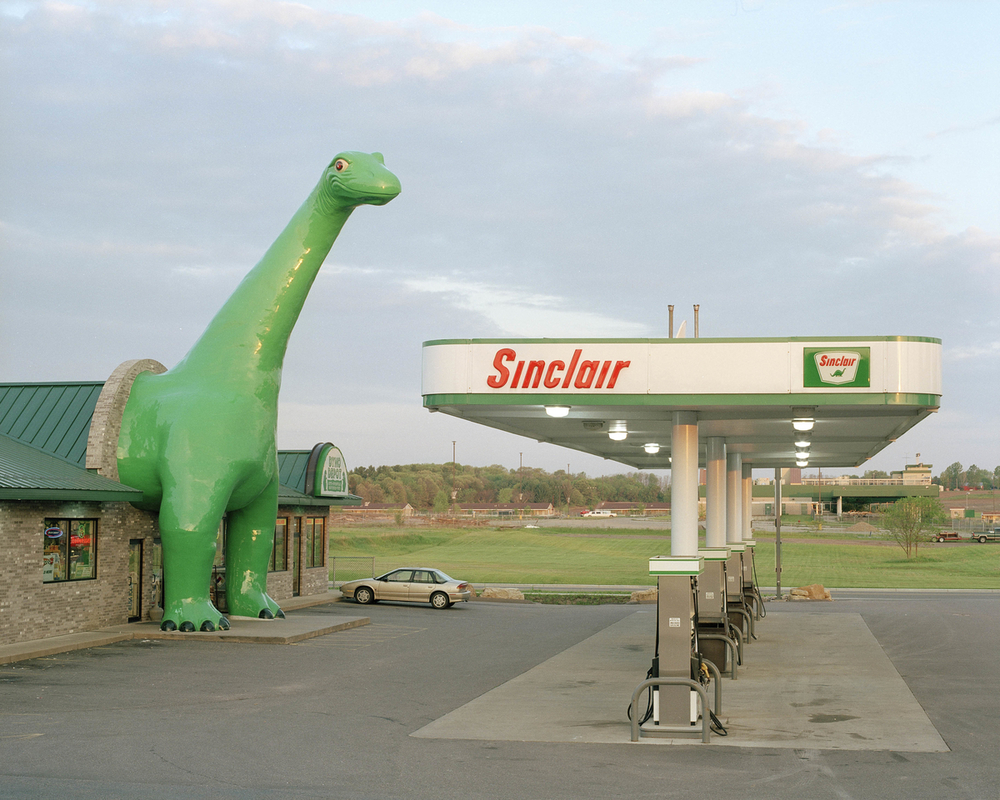 Sinclair gas station, Wisconsin Dells, Wisconsin....