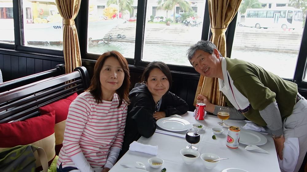 Vịnh Hạ Long / ハロン湾