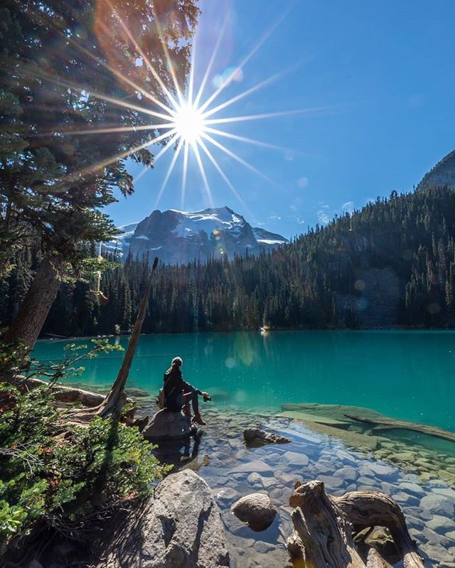 Dreams of turquoise that shatter despair, Reflections you can't avoid. Though the Sun was a secret and fleeting affair, It was Oxygen, with whom I toyed. . Tj . . Thank you for the 📸 @jorden . . . #vancouver #beautifulbc #sunshine #joffrelakes #nature #turquoise #lake #fallishere #poem #poetry #writer #actor #filmmaker #filmmaking #eurasian #tbt #breathe #selfcare #positivevibes #love #thewords #pretty #lensflare #thursday #beyou #bebrave #bestrong #hi