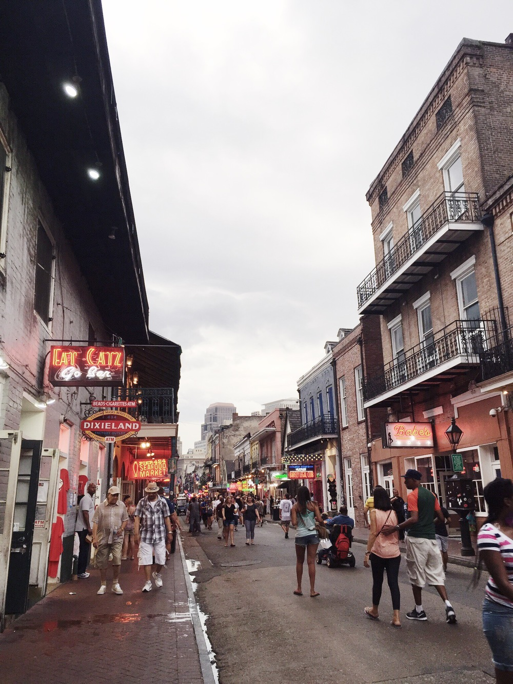 What to do in New Orleans NOLA bourbon street
