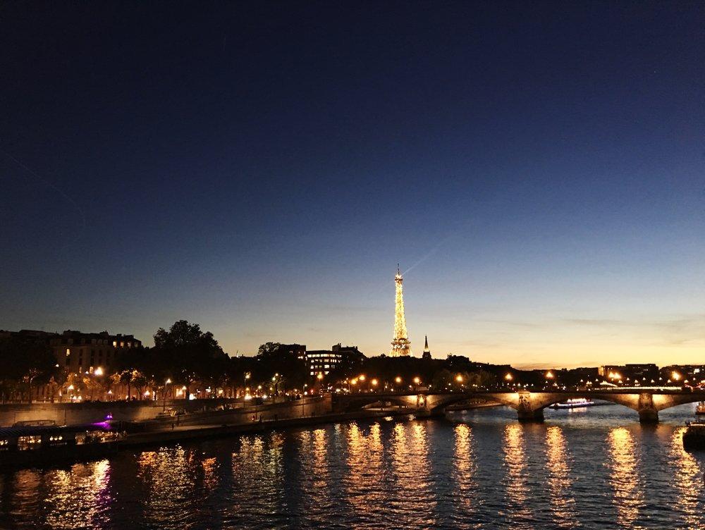 Night paris blog travel