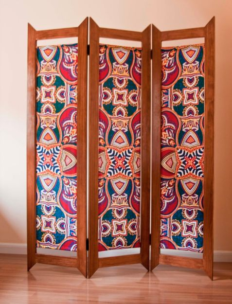 Give life to a room divider. (Courtesy Guillermo Villasante and Angela Marcos of  La Antigua  )