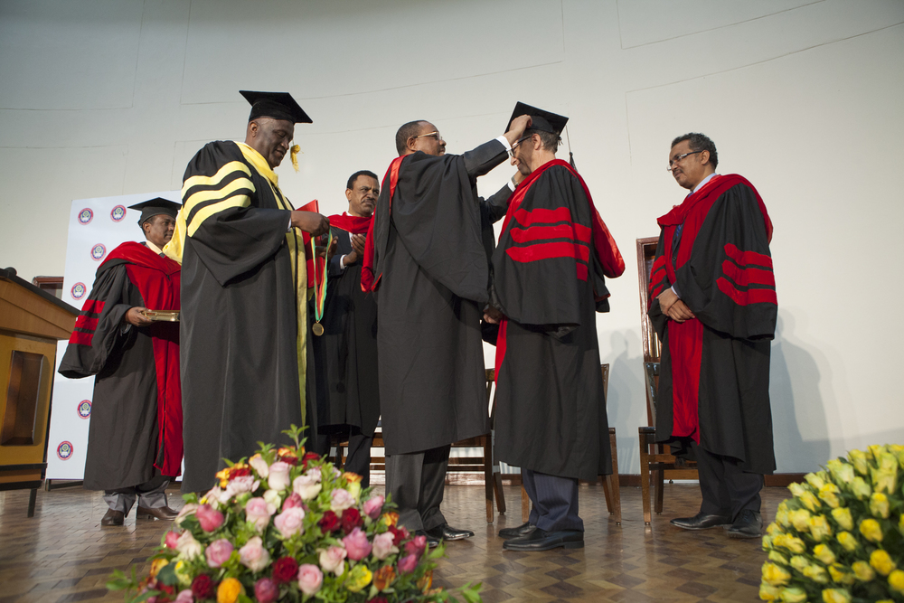 HE. Hailemariam Desalegn, Prime Minister of Ethiopia, Bill Gates, Co-Chair of Bill and Melinda Gates Foundation, are pictured during the Doctorate Degree Honouring Bill Gates at Addis Ababa University in Addis Ababa Ethiopia on 24 July 2014. Bill Gates was awarded with an honorary doctorate degree from the University after his long-lasting support of development in Ethiopia. AFP PHOTO / ZACHARIAS ABUBEKER