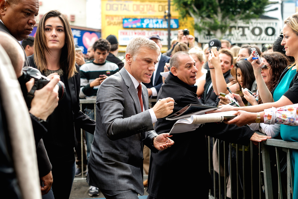 christoph-waltz-walk-of-fame-signing-sutographs.jpg