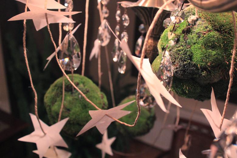 moss+balls+garland+%25288%2529.jpg