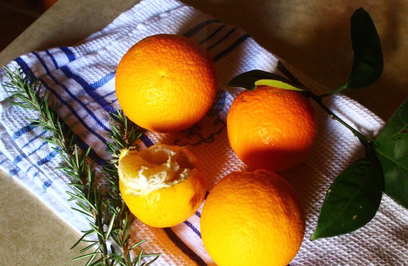 Winter Oranges - Χειμερινά Πορτοκάλια.jpg