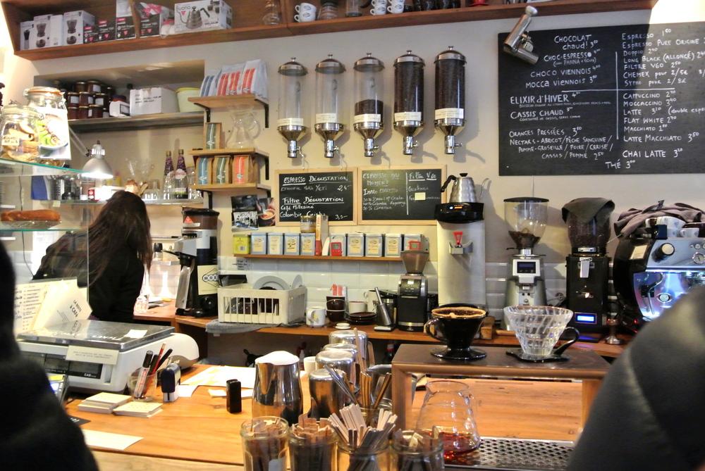 Το εσωτερικό του Mokxa cafe