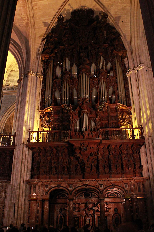 Seville Cathedral, εκκλησιαστικό όργανο, Οδηγός πόλης για την Σεβίλλη (3).jpg