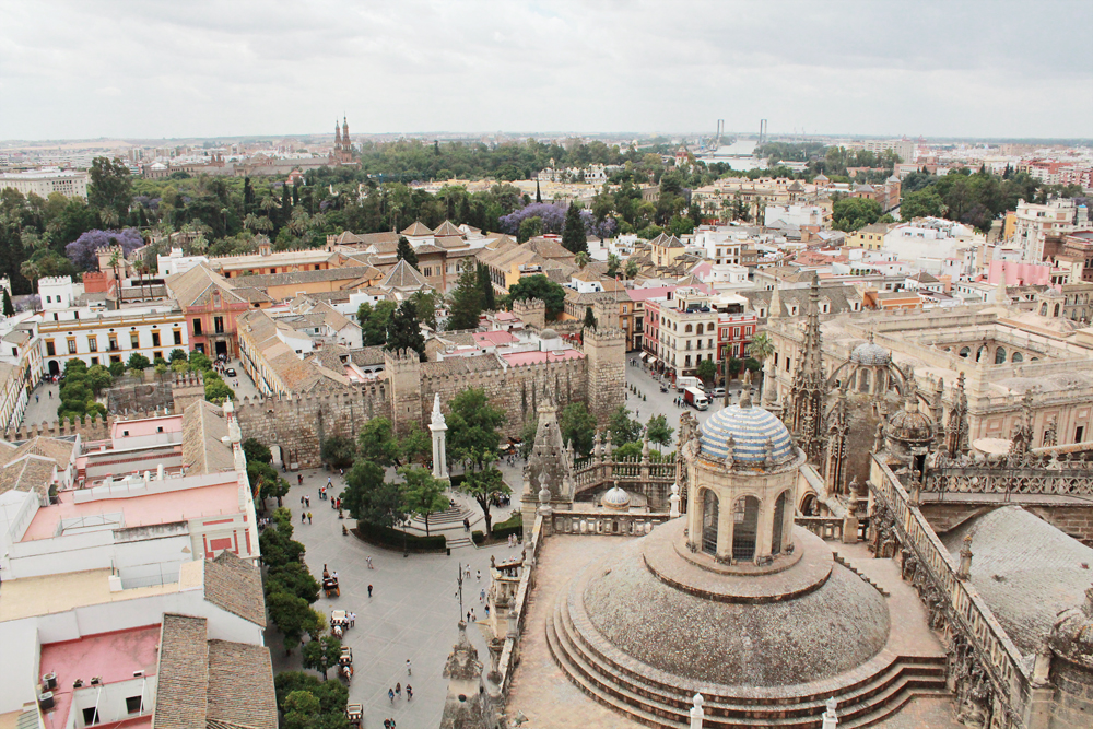 Giralda Tower Seville, Οδηγός πόλης για την Σεβίλλη (1).jpg