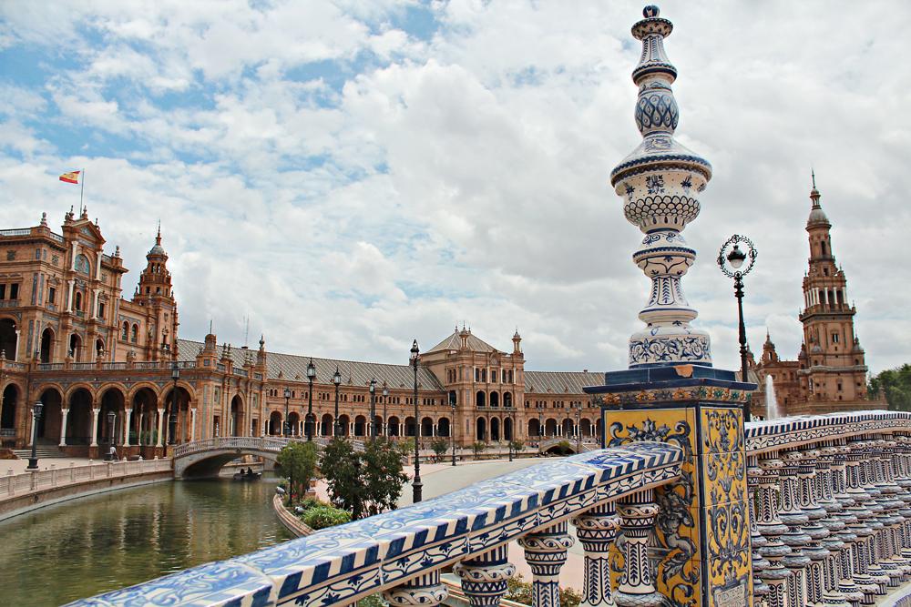 Plaza de España - Οδηγός Πόλης για την Σεβίλλη(2).jpg