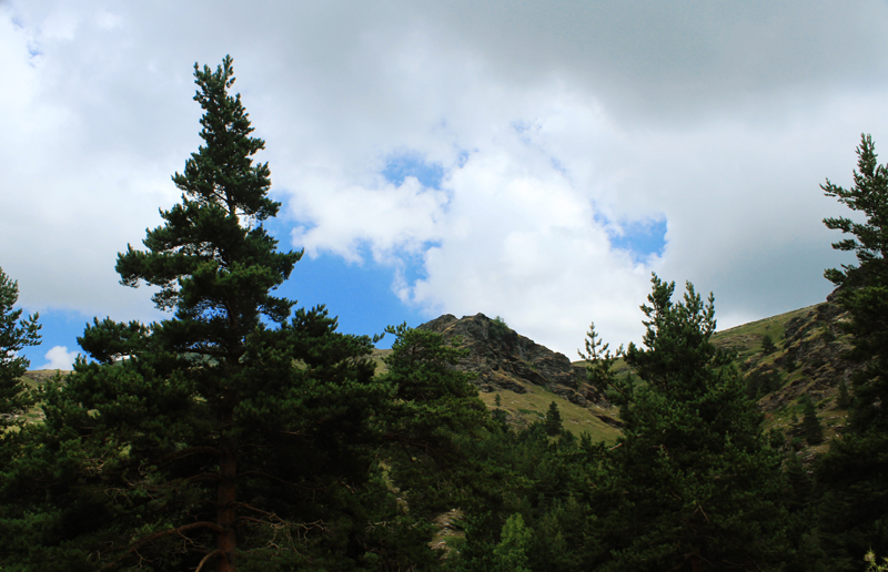 Καϊμακτσαλάν - όρος Βόρρας πεζοπορία από τους πρόποδες ως την κορυφή (6)
