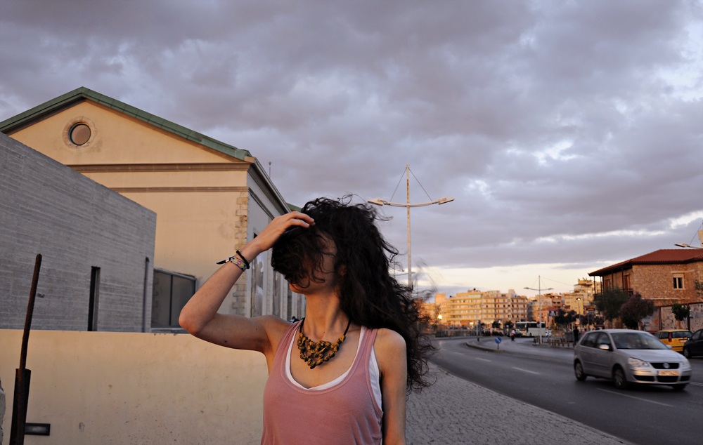 photoshoot for the pistachio shells necklace, photos by Vasilis Ioakeimidis