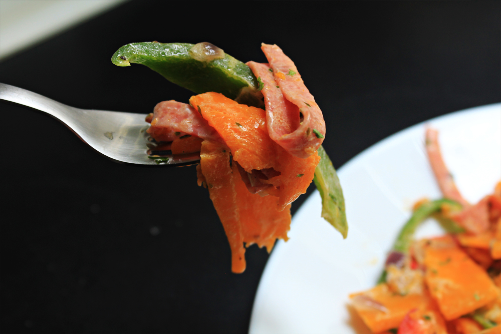 "Creamy pumpkin ""tagliatelle"" with mortadella and peppers 