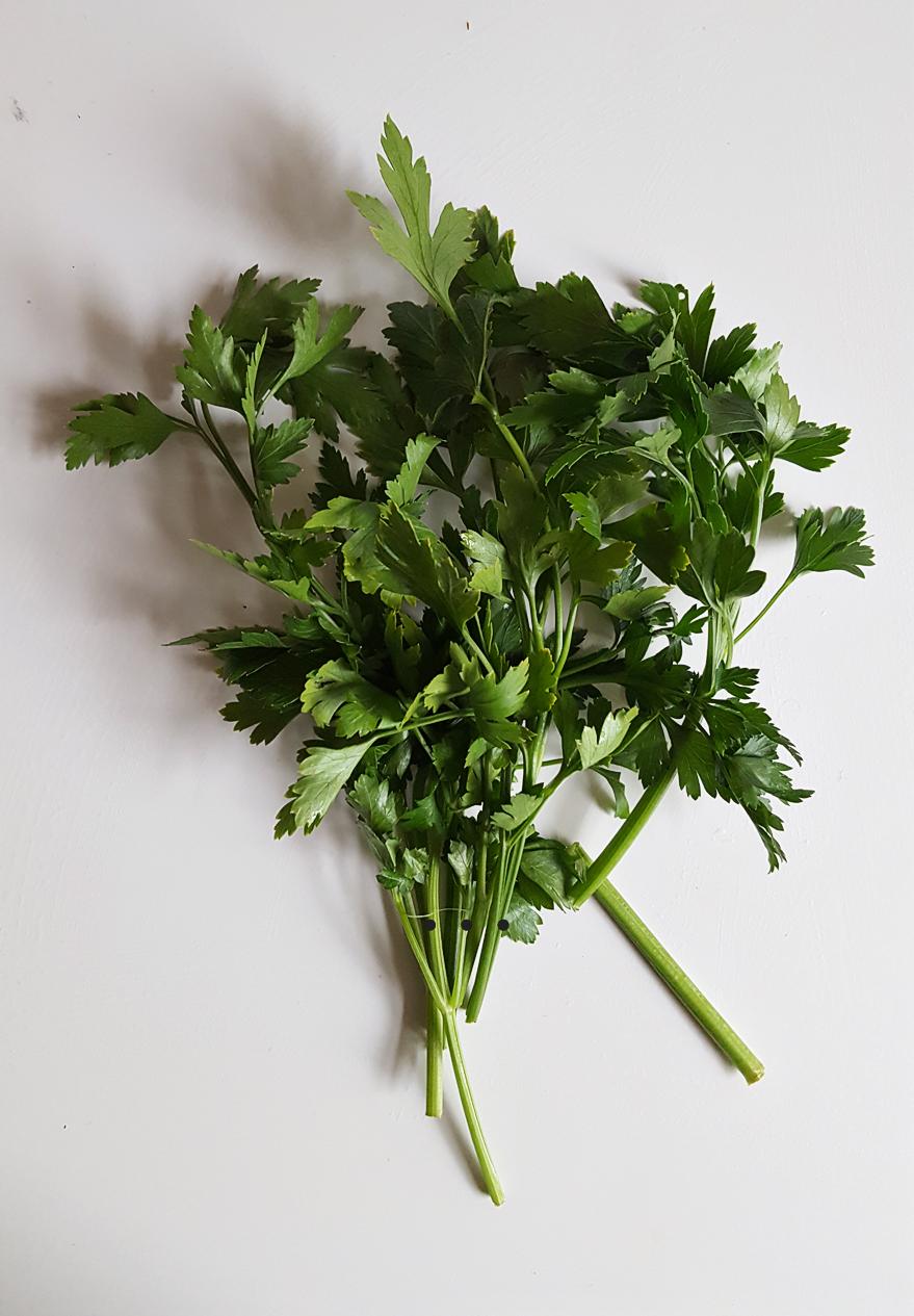 Spice Series: Μαϊντανός - χρήση στην κουζίνα & οφέλη για την υγεία | από το IN WHIRL OF INSPIRATION