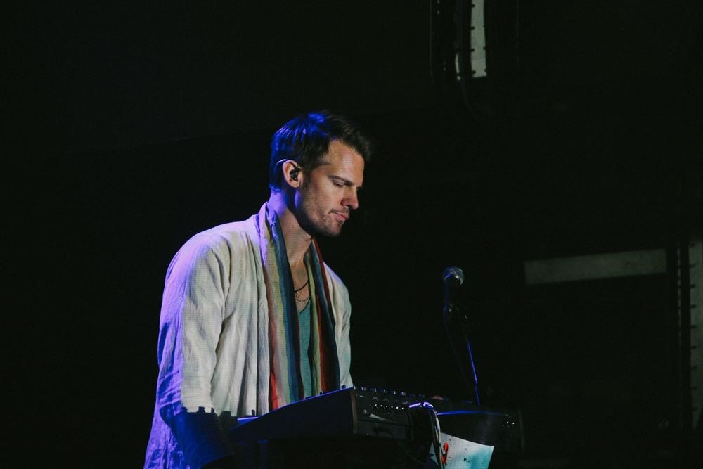 Scott Hansen - Artist, Multi Instrumentalist and Good Looking Individual.