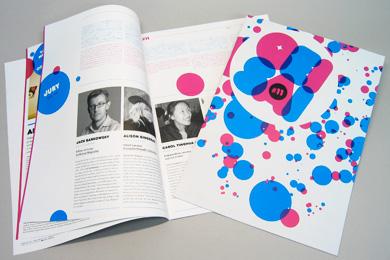 G11_brochure_2.jpg