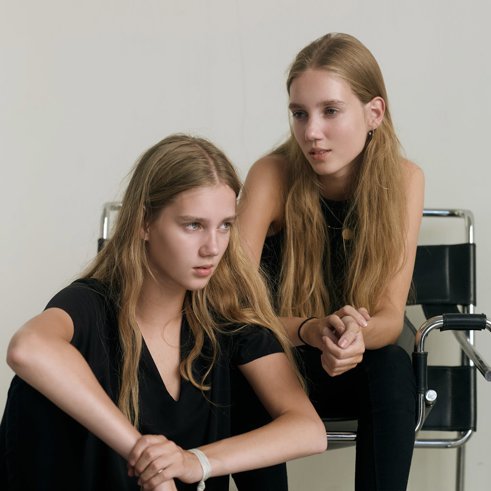 Moosgard Twins 482_1a.jpg
