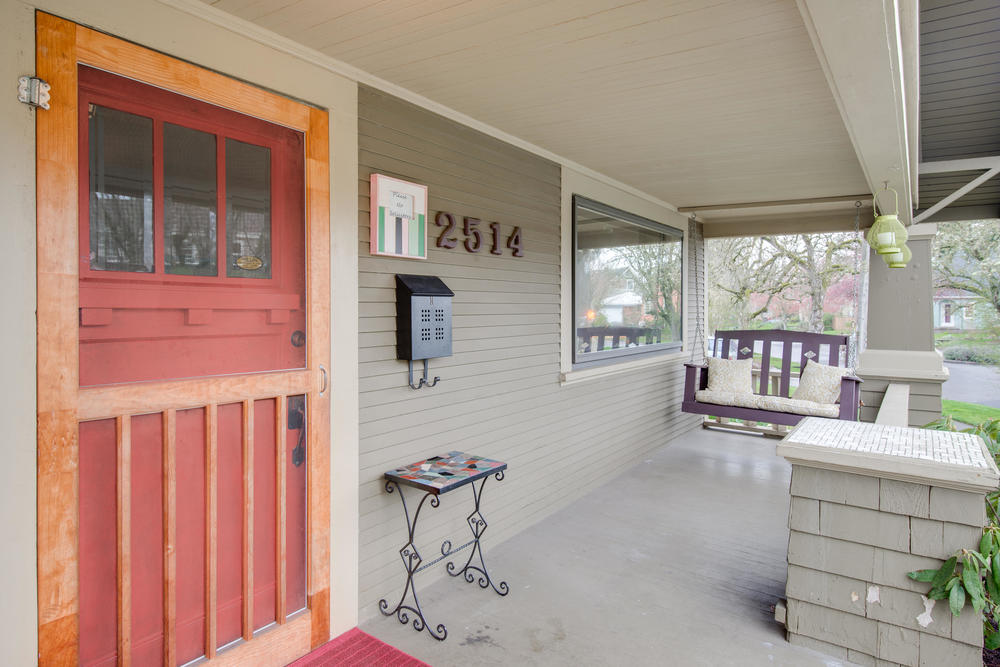 2514 NE Mason St Portland OR-print-003-Front Porch-4200x2803-300dpi.jpg