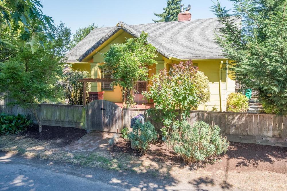 244 SE 89th Ave Portland, OR 97216 Web-4.jpg
