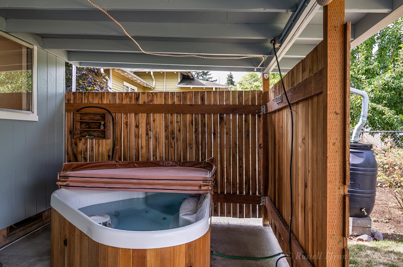 72nd Hot Tub RMLS.JPG