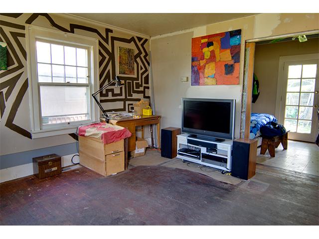 living room 1 rmls.jpg