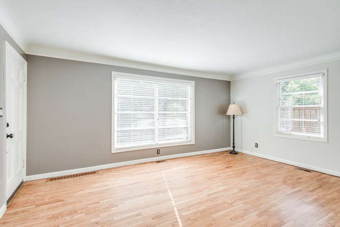 4237 NE 73rd Ave Portland OR-small-005-18-Living Room-666x445-72dpi.jpg