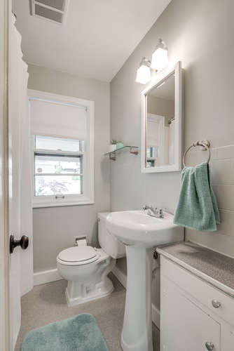 4237 NE 73rd Ave Portland OR-small-015-17-Bathroom-334x500-72dpi.jpg