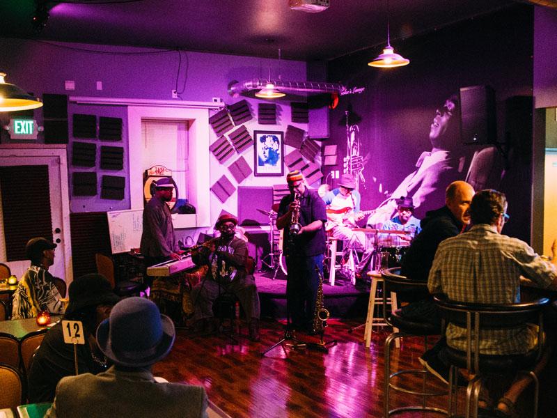 Enjoy Smooth Jazz at Solae's Lounge