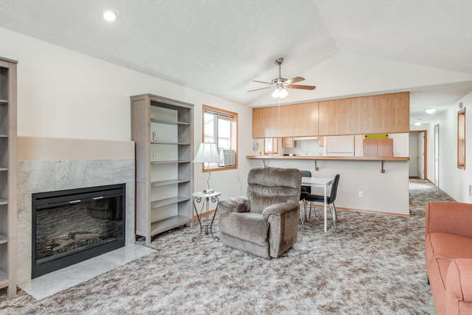 5625 SE Malden St Portland OR-small-005-6-Living Room-666x445-72dpi.jpg