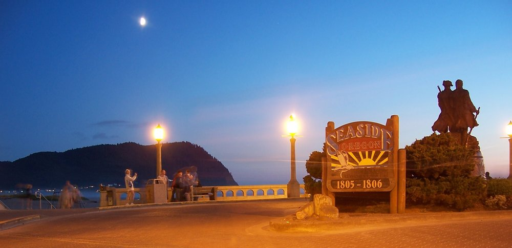 Visit Seaside, Oregon After Sunset for These Views