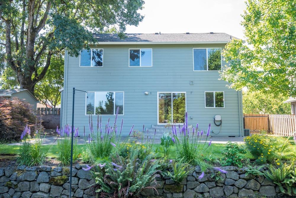15025 St Andrews Dr, Oregon City, OR 97045 Web-33.jpg