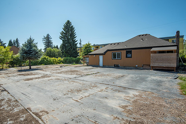 10470 NE 6TH DR, Portland, OR 97217 Web-32.jpg